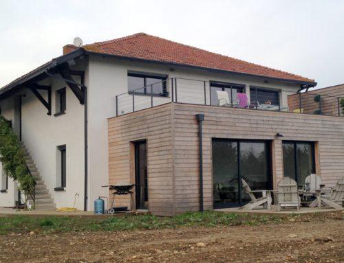 2 fa ons de concevoir une maison toit terrasse petite for Agrandissement maison 42